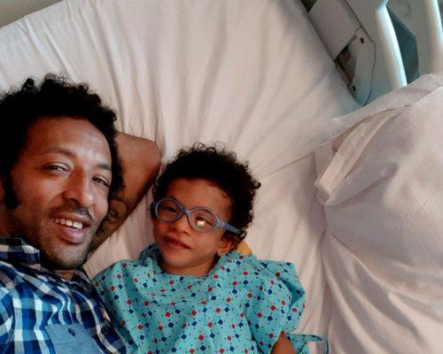 Kamara, apel disperat. Are nevoie de 100.000 de euro pentru operațiile fiului său